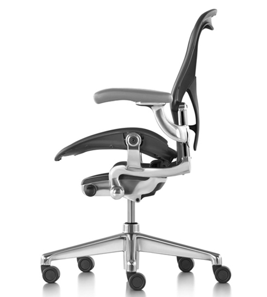 Кресло Herman Miller Aeron New Polished leather - Салон «KingStyle»